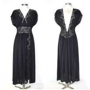 VINTAGE LaBelle Sexy Black Lace Nightgown Negligee